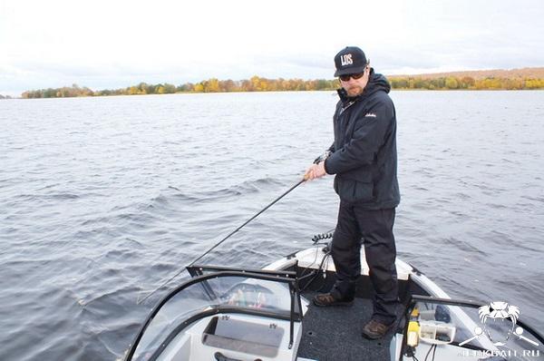 V 46 fishing